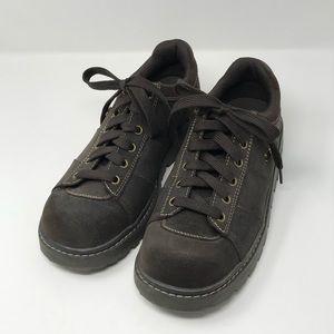 Skechers Women's Suede Leather Oxford Walking Shoe